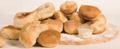Foto Italiaans brood met kruidenboter